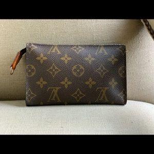 Authentic Louis Vuitton Bucket PM pouch